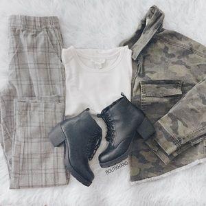 Jackets & Coats - Camo Crop Jacket